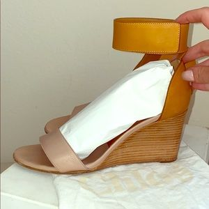 Chloe women's wedges